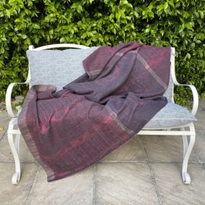 Bogolan Lounge Throw – Lilac on Charcoal