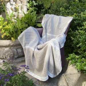 Bogolan Lounge Throw – Desert on white