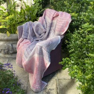 Bogolan Lounge Throw – Lilac on White